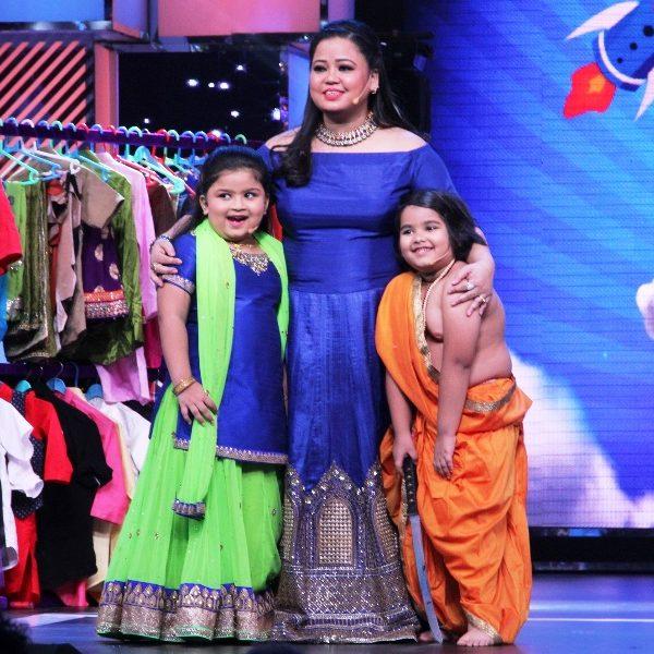 Chhote Miyan Dhaakad_Bharti Singh with the kids
